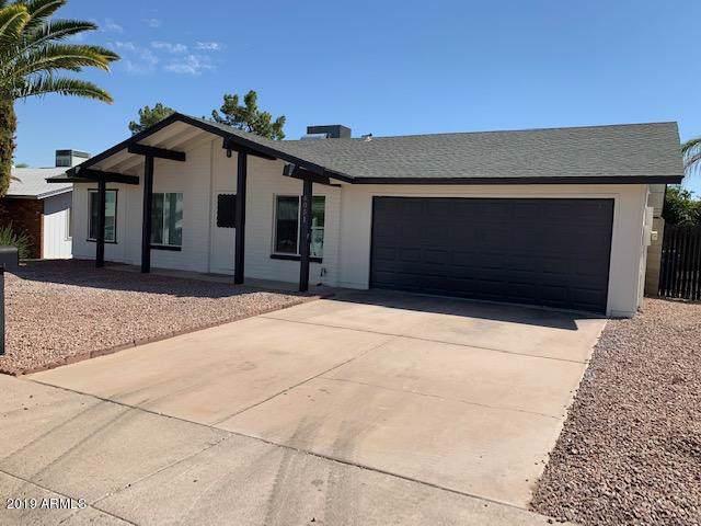 4051 E Sacaton Street, Phoenix, AZ 85044 (MLS #5978517) :: Lucido Agency