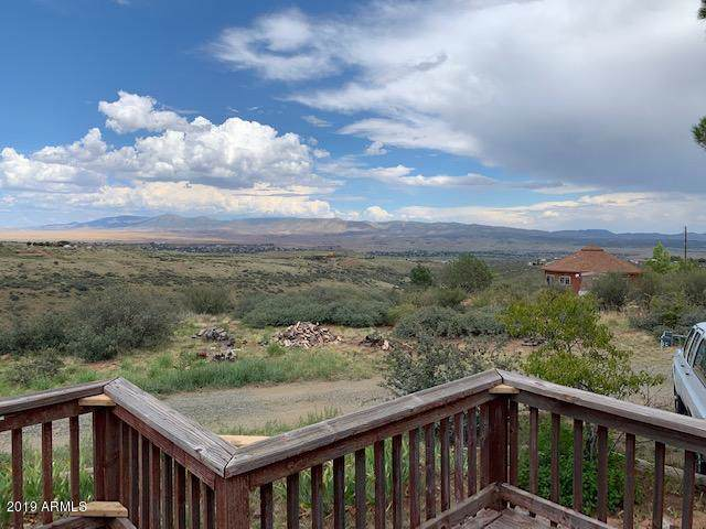 690 S Glendun Place, Dewey, AZ 86327 (MLS #5978809) :: Devor Real Estate Associates