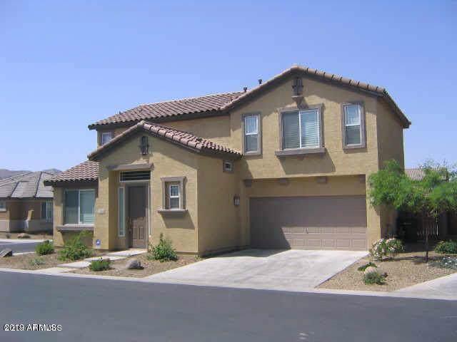 3848 E Pollack Street, Phoenix, AZ 85042 (MLS #5981552) :: Kortright Group - West USA Realty