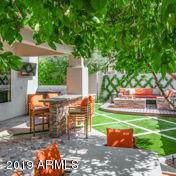 7389 E Woodsage Lane, Scottsdale, AZ 85258 (MLS #5991598) :: Yost Realty Group at RE/MAX Casa Grande