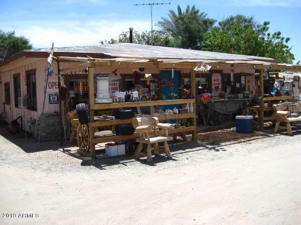 64904 Highway 60, Salome, AZ 85348 (MLS #6001973) :: Lucido Agency