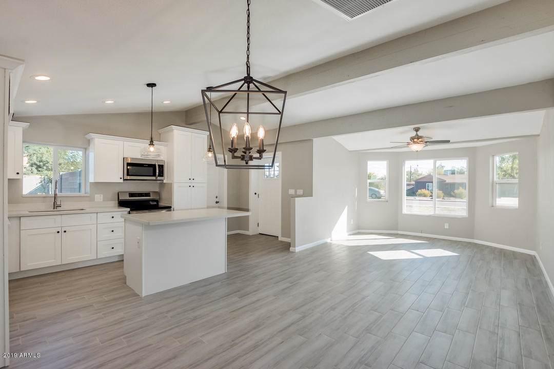 1710 Montecito Avenue - Photo 1