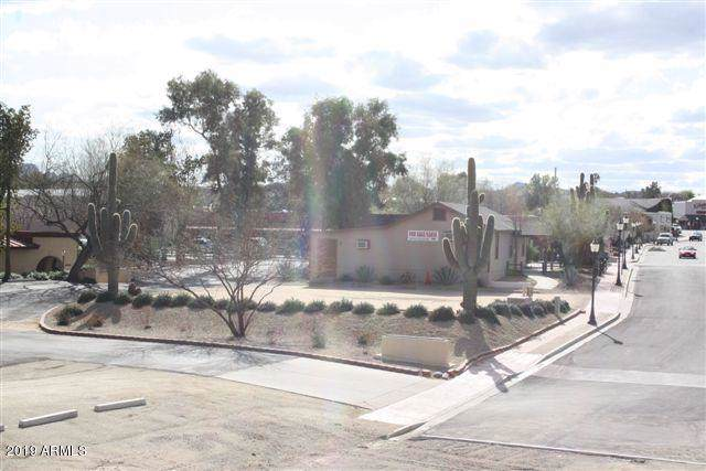 243 W Apache Street, Wickenburg, AZ 85390 (MLS #6004336) :: CC & Co. Real Estate Team