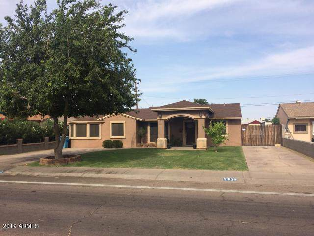 2939 N 39TH Avenue, Phoenix, AZ 85019 (MLS #6010583) :: Cindy & Co at My Home Group