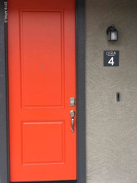 2950 N 38TH Street #4, Phoenix, AZ 85018 (MLS #6012421) :: Riddle Realty Group - Keller Williams Arizona Realty