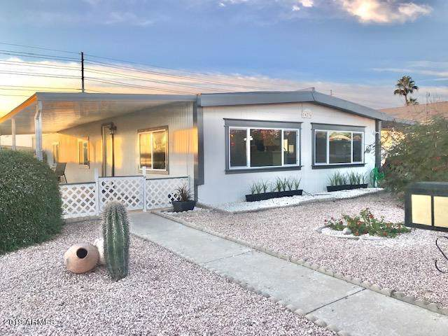 16234 N 32ND Place, Phoenix, AZ 85032 (MLS #6014641) :: Openshaw Real Estate Group in partnership with The Jesse Herfel Real Estate Group