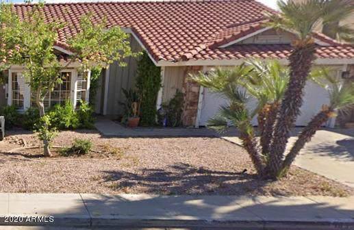 1833 E Hearn Road, Phoenix, AZ 85022 (MLS #6023937) :: Kortright Group - West USA Realty