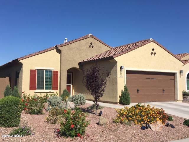 2426 N Petersburg Drive, Florence, AZ 85132 (MLS #6025514) :: Brett Tanner Home Selling Team