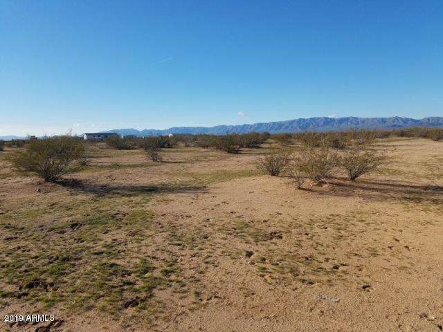 0 N 523rd Avenue, Aguila, AZ 85320 (MLS #6029211) :: The W Group