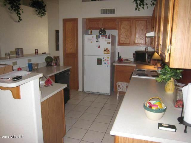 6785 W Tina Lane, Glendale, AZ 85310 (MLS #6032704) :: Conway Real Estate