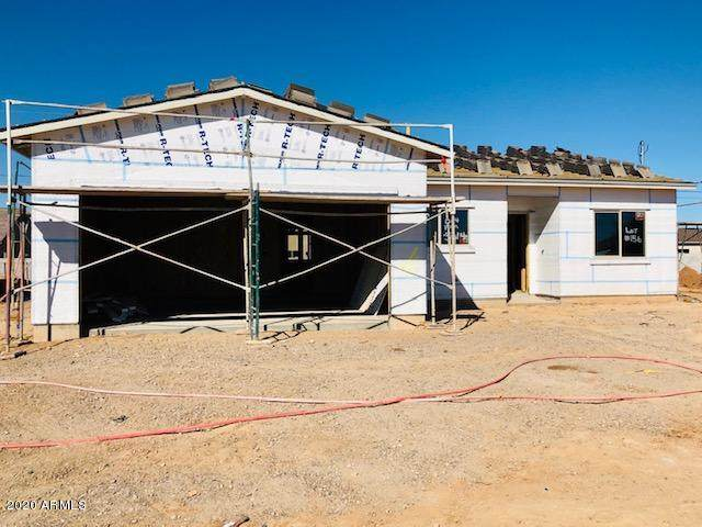 5630 E Red Bird Lane, San Tan Valley, AZ 85140 (MLS #6036273) :: Yost Realty Group at RE/MAX Casa Grande