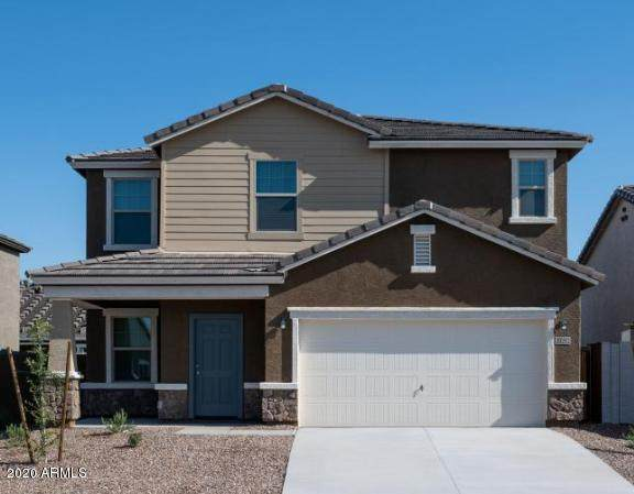 435 W Powell Drive, San Tan Valley, AZ 85140 (MLS #6037135) :: Riddle Realty Group - Keller Williams Arizona Realty