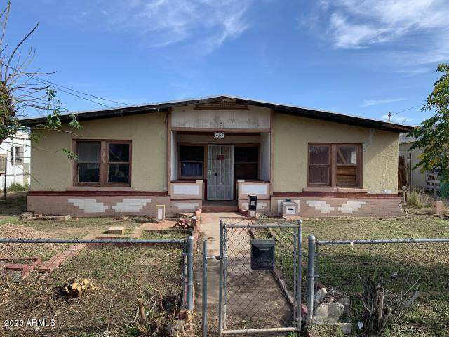 457 S Grand, Mesa, AZ 85210 (MLS #6038819) :: Conway Real Estate
