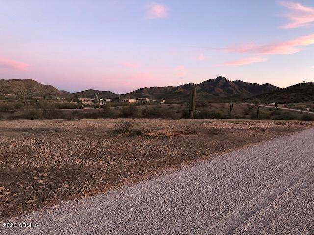 8821 S 143RD Avenue, Goodyear, AZ 85338 (MLS #6041150) :: RE/MAX Desert Showcase