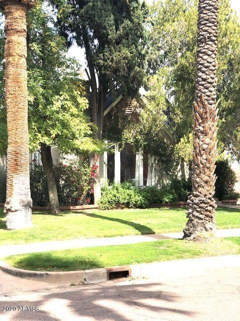 534 W Cypress Street, Phoenix, AZ 85003 (MLS #6045348) :: Riddle Realty Group - Keller Williams Arizona Realty