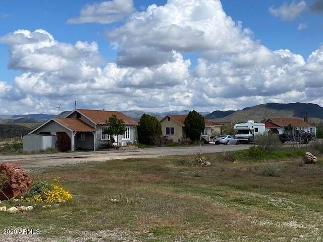44004 W Grand Avenue, Morristown, AZ 85342 (MLS #6054566) :: neXGen Real Estate