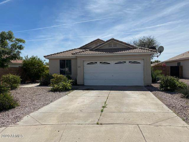 1251 W 6TH Avenue, Apache Junction, AZ 85120 (MLS #6055241) :: The Bill and Cindy Flowers Team
