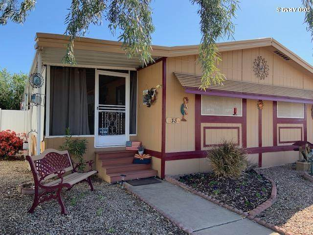 6960 W Peoria Avenue #38, Peoria, AZ 85345 (MLS #6056976) :: The Everest Team at eXp Realty
