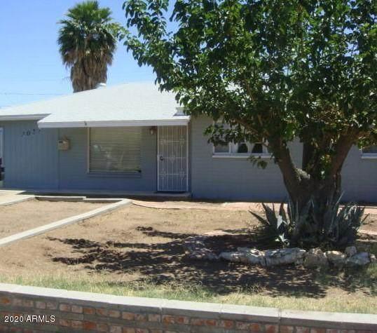 2027 N 47TH Street, Phoenix, AZ 85008 (MLS #6061488) :: Riddle Realty Group - Keller Williams Arizona Realty