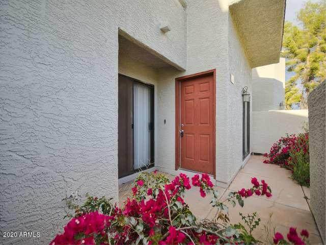 850 S River Drive #1106, Tempe, AZ 85281 (MLS #6064299) :: Service First Realty