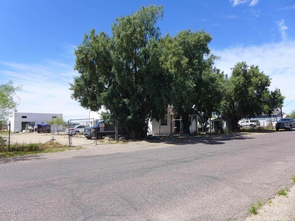 21777 Harding Street - Photo 1