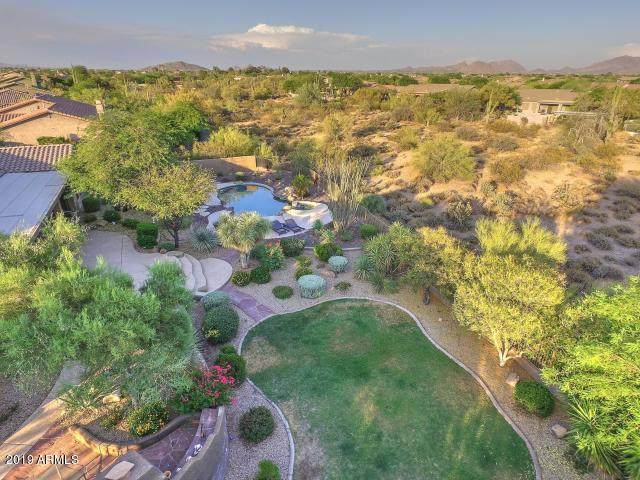 5695 E Blue Sky Drive, Scottsdale, AZ 85266 (MLS #6084817) :: Yost Realty Group at RE/MAX Casa Grande