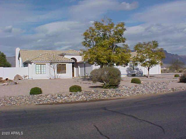 10096 E Sleepy Hollow Trail, Gold Canyon, AZ 85118 (MLS #6087083) :: Lucido Agency