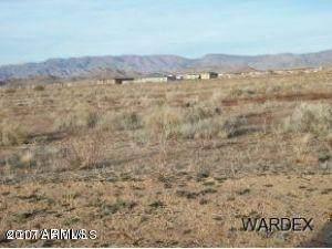 7463 E Saw Mill Drive, Kingman, AZ 86401 (MLS #6093434) :: Klaus Team Real Estate Solutions