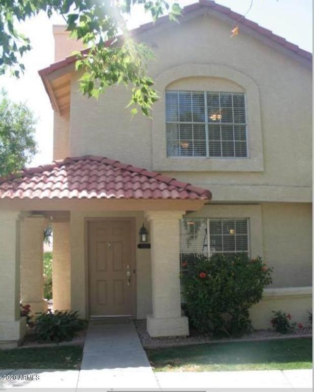 5808 E Brown Road #111, Mesa, AZ 85205 (MLS #6097362) :: The Laughton Team