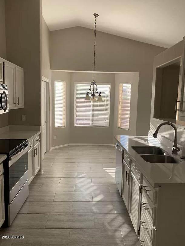 655 N Sunway Drive, Gilbert, AZ 85233 (MLS #6101322) :: Midland Real Estate Alliance