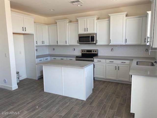 5549 S Dillon, Mesa, AZ 85212 (MLS #6110776) :: Balboa Realty