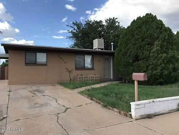 2510 E 6TH Street, Douglas, AZ 85607 (MLS #6112157) :: Brett Tanner Home Selling Team
