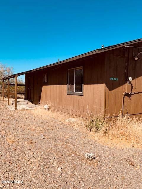 20101 E Camino Del Sol, Black Canyon City, AZ 85324 (MLS #6118696) :: The Bill and Cindy Flowers Team