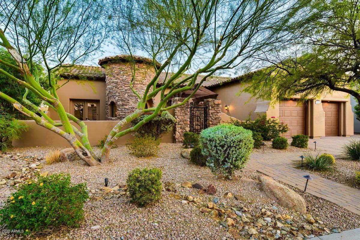 8559 Canyon Estates Circle - Photo 1
