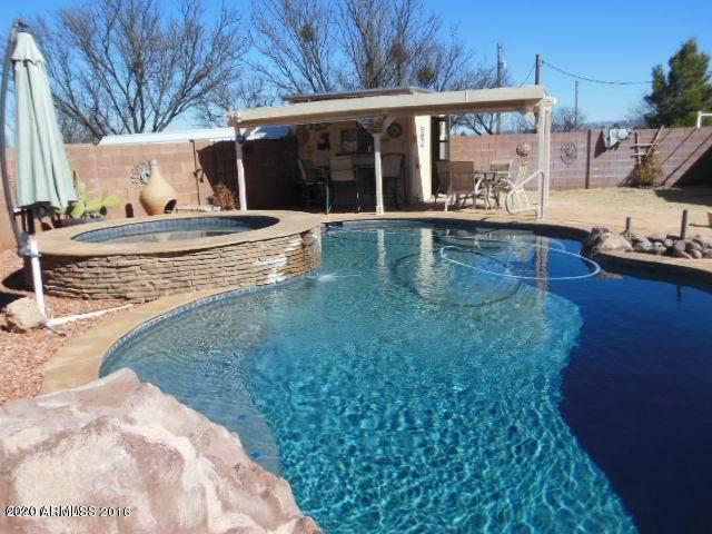 6735 E Barataria Blvd, Sierra Vista, AZ 85650 (MLS #6136134) :: Service First Realty