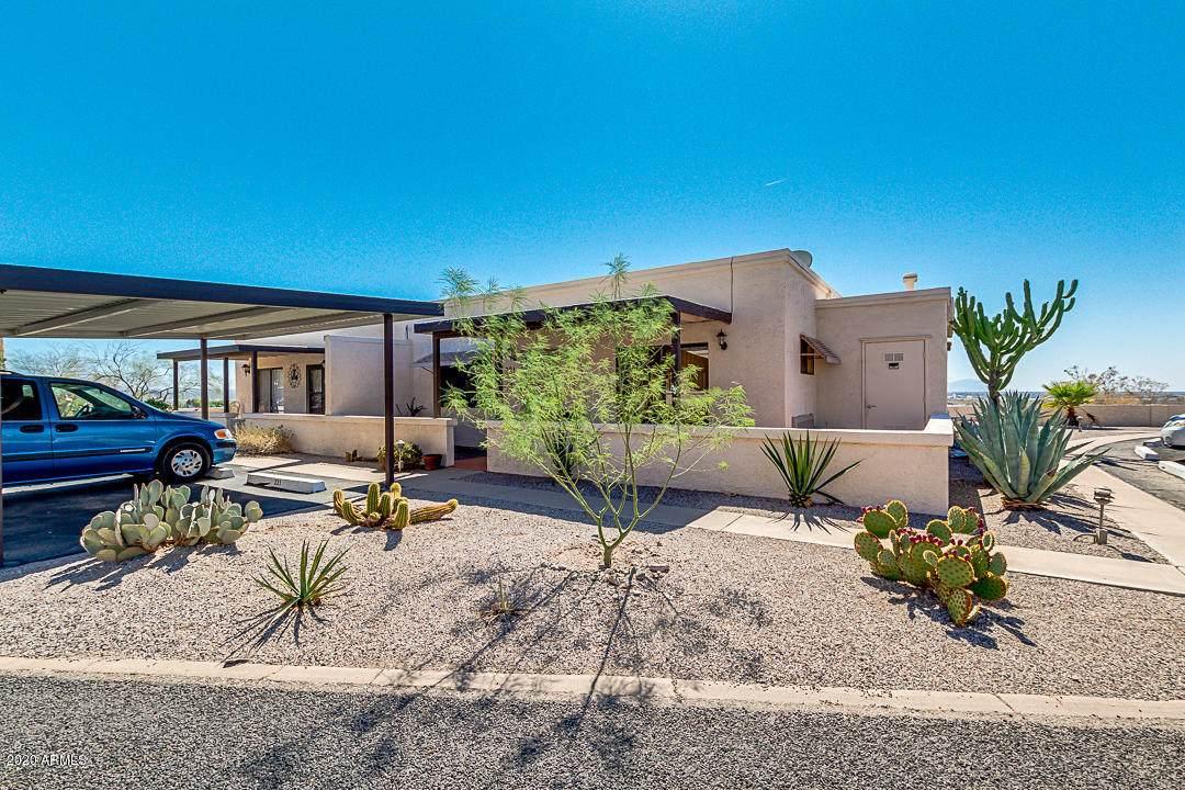 221 Arizona Circle - Photo 1