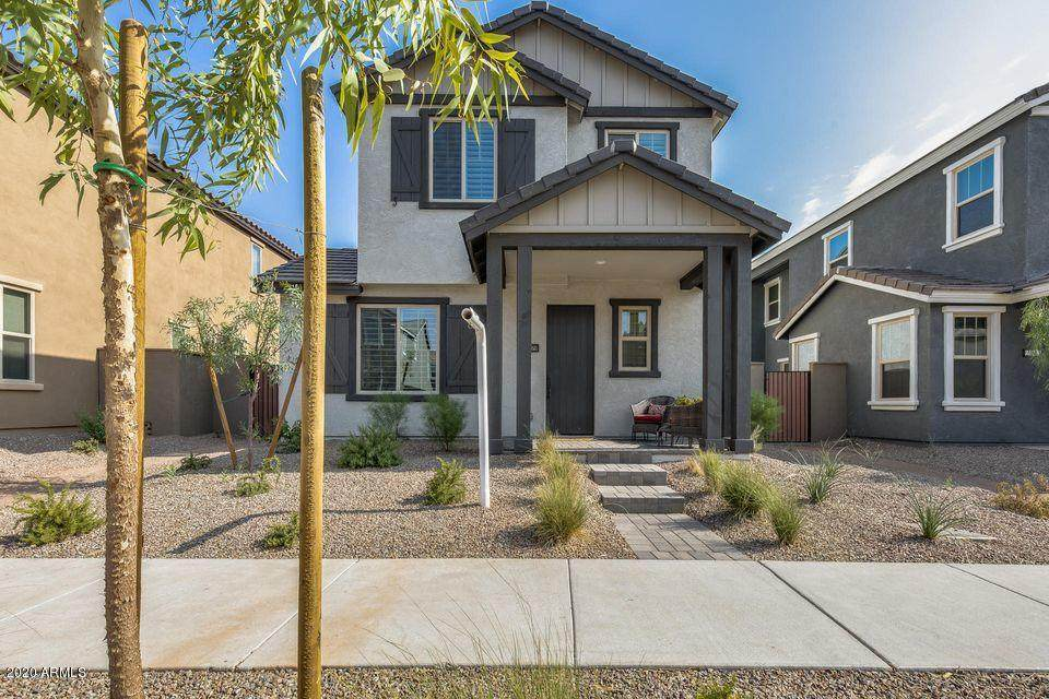 2039 Desert Hollow Drive - Photo 1