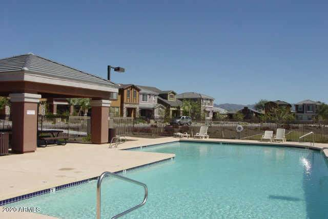4364 E Sack Drive, Phoenix, AZ 85050 (MLS #6150258) :: Sheli Stoddart Team | M.A.Z. Realty Professionals