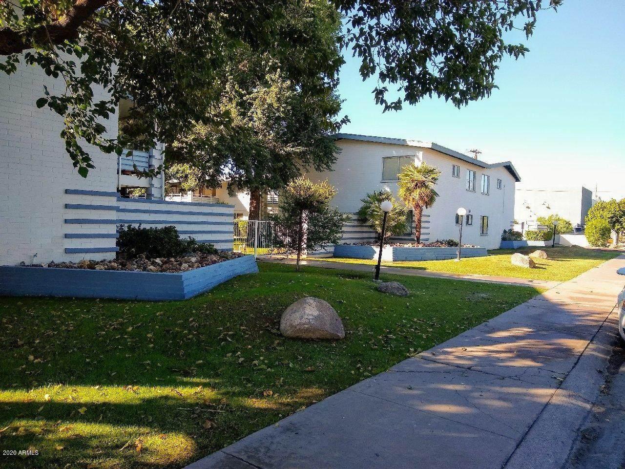 721 Montebello Avenue - Photo 1