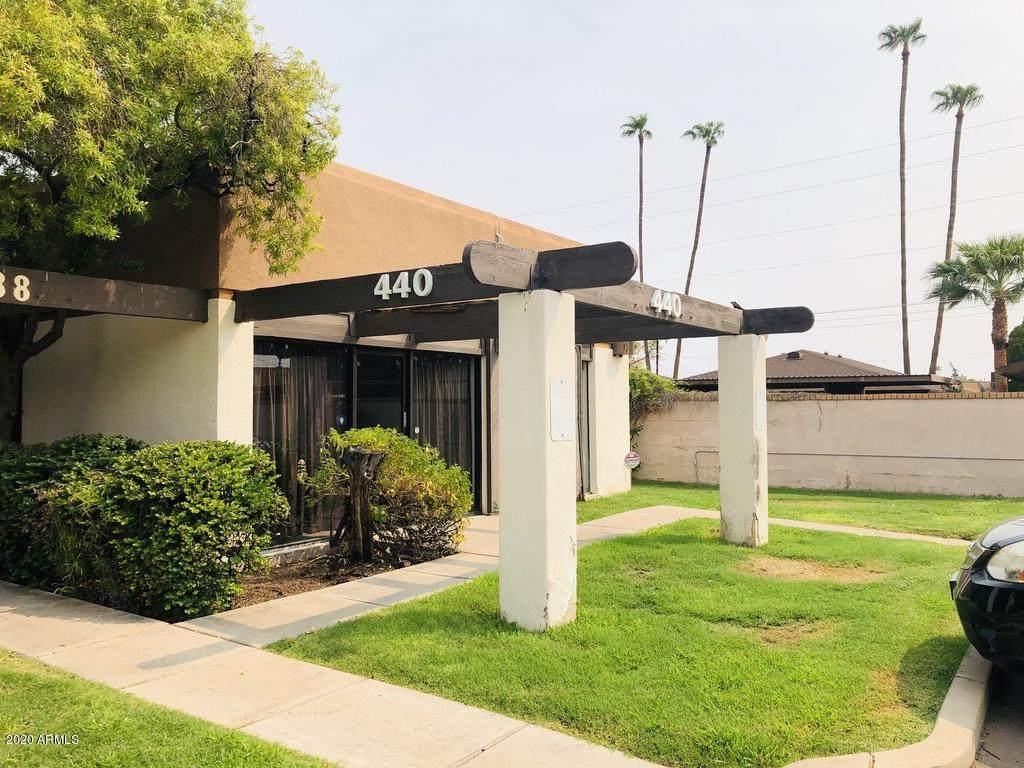440 Southern Avenue - Photo 1