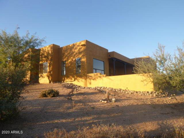 42220 N La Plata Road, Cave Creek, AZ 85331 (#6160347) :: Long Realty Company