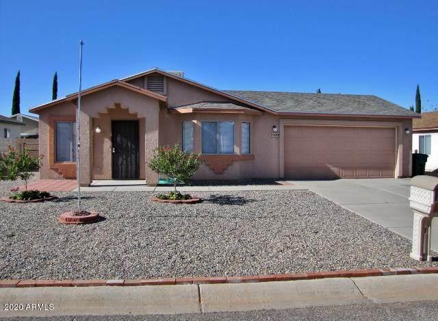109 Tomahawk Drive, Huachuca City, AZ 85616 (MLS #6167635) :: Service First Realty