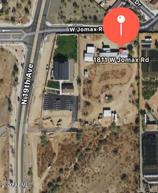 1811 Jomax Road - Photo 1