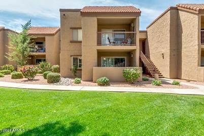 8250 E Arabian Trail #213, Scottsdale, AZ 85258 (MLS #6177472) :: Maison DeBlanc Real Estate