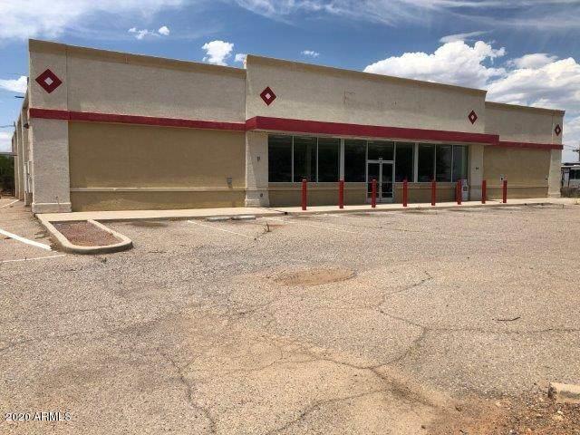 141 N Frontage Road, Pearce, AZ 85625 (MLS #6178753) :: Yost Realty Group at RE/MAX Casa Grande