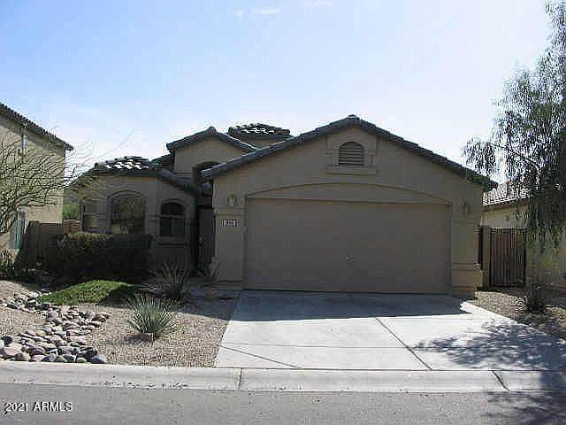 855 E Lovegrass Drive, San Tan Valley, AZ 85143 (MLS #6182276) :: Sheli Stoddart Team | M.A.Z. Realty Professionals