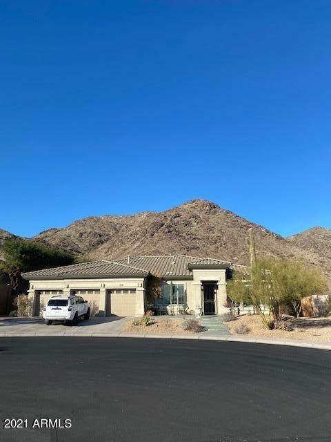 2702 W Amberwood Drive, Phoenix, AZ 85045 (MLS #6183647) :: The Ellens Team