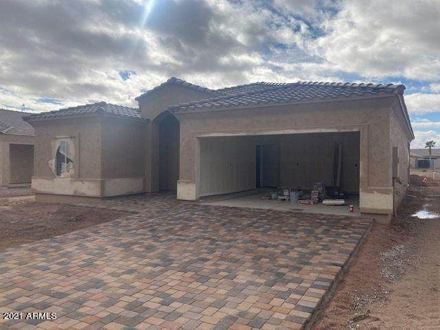 10673 W Buena Vista Drive, Arizona City, AZ 85123 (MLS #6185473) :: Klaus Team Real Estate Solutions
