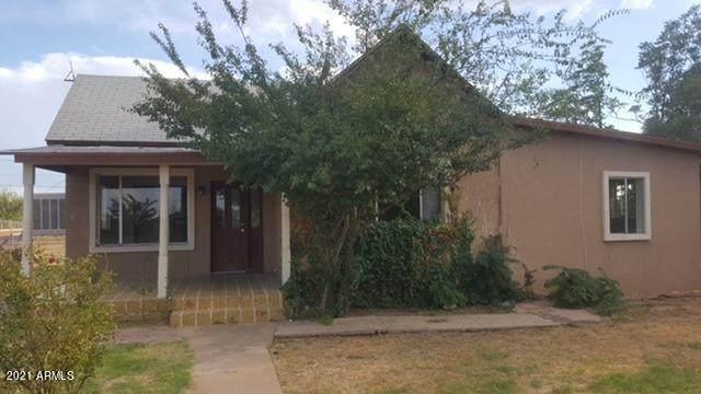 1395 E 21St Street, Douglas, AZ 85607 (MLS #6192499) :: Yost Realty Group at RE/MAX Casa Grande