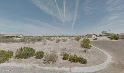 15645 S Cherry Hills Drive, Arizona City, AZ 85123 (MLS #6192513) :: Yost Realty Group at RE/MAX Casa Grande